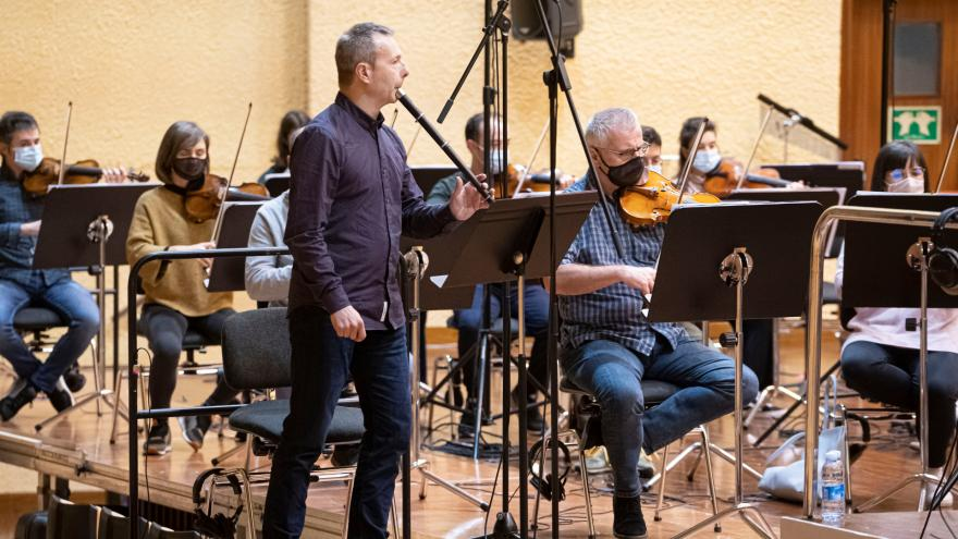 Garikoitz Mendizabal with the Basque National Orchestra (Photo: Juantxo Egaña)